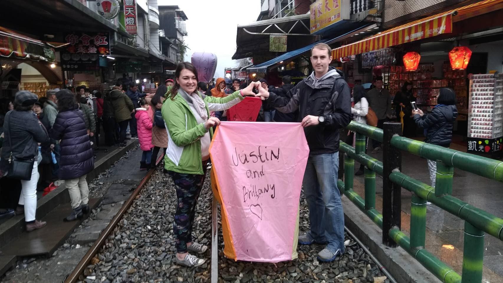 【Taipei Day Tour】A Romantic trip to Pingxi